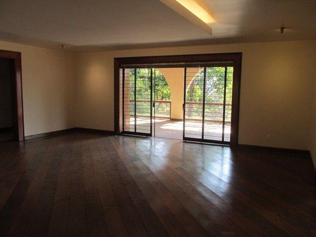 Casa à venda, 5 quartos, 1 suíte, 8 vagas, Cidade Jardim - Belo Horizonte/MG