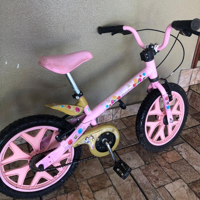 Bicicleta infantil rosa - Foto 2
