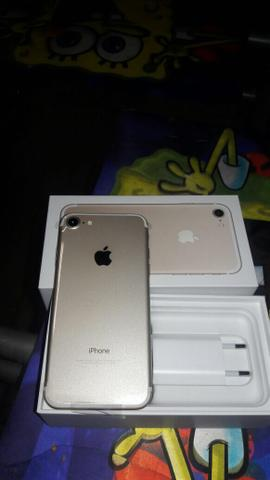 Vendo iPhone 7 gold 32 GB