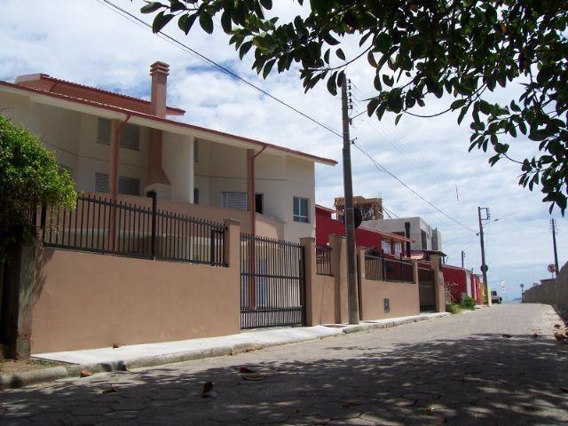 Apartamentos na Barra da Lagoa com excelente rendimento de locação de temporada