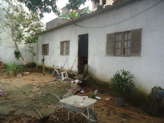 Casa independente, amplo quintal, B. Beira Mar, 65.000, cessão de direito