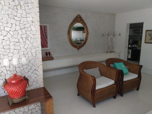 A.L.U.G.U.EL/V.EN.D.A Casa 4 suítes mobiliada e decorada no Alphaville Salvador I - Foto 5