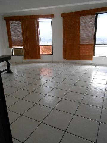 Excelente sala, Niterói Shopping, com linda vista para a Baía de Guanabara - Foto 4