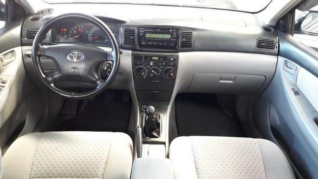 Toyota corolla xei 1.8 2º dono+revisões na concessonária+manual e chave reserva - Foto 4