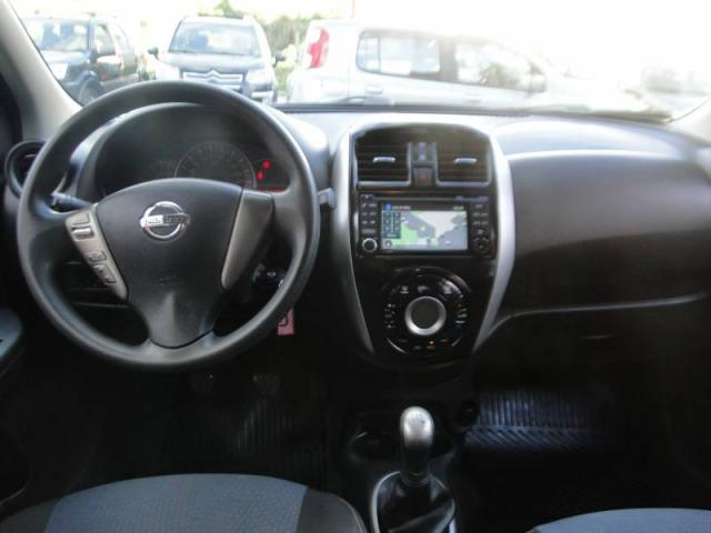 Nissan MARCH SL 1.6 8V - Foto 6