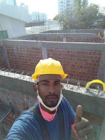Pedreiro encanador eletricista pintor gesseiro ZAP