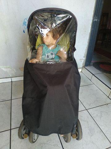 Carrinho de bebê conservado - Foto 2