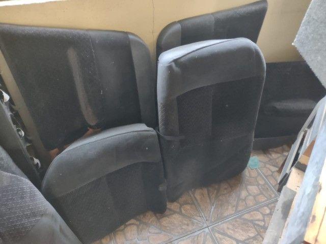Jogo de Banco carro forração porta vectra / astra / GM em perfeito estado 97/04 - Foto 6