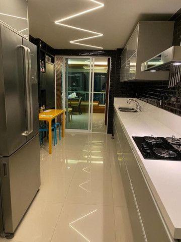 Apartamento todo reformado e mobilidade a venda no condomínio Gran residênce - Foto 2