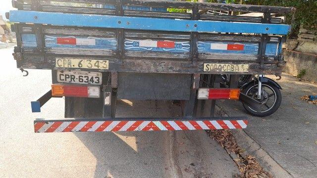 Caminhão 608 D - Foto 4