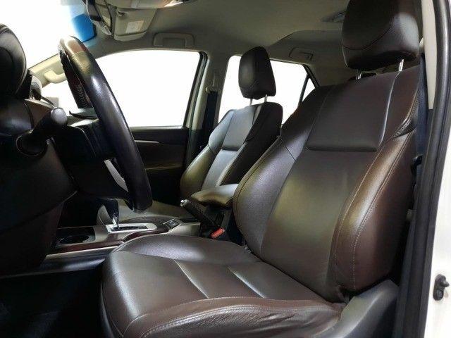 Hilux Sw4  SRX 2.8 4X4 7 Lugares Turbo Intercooler 2016/2016 Diesel Automático - Foto 10