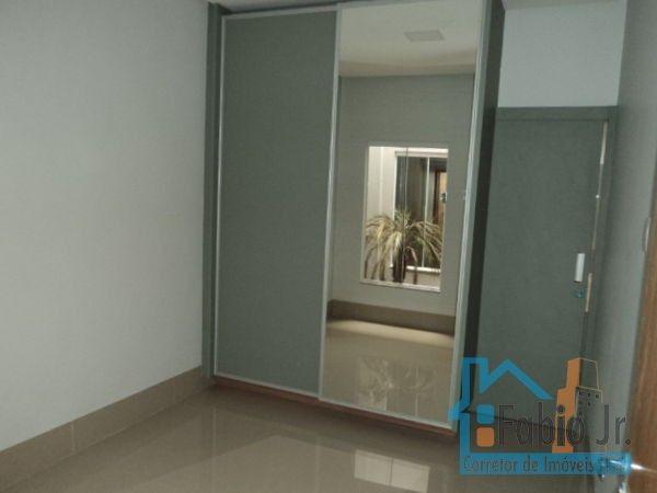 Casa com 3 quartos - Bairro Jardim Nova Era em Aparecida de Goiânia - Foto 8