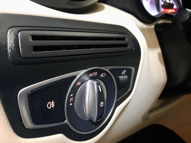 Mercedes - Benz GLC 250 Highway 4Matic- 2018/2018 - Veículo  com apenas 33.000km rodados - Foto 17