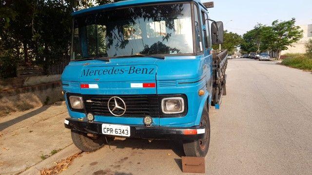 Caminhão 608 D