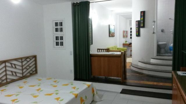 Apto mobiliado (sala/quarto/cozinha/lavanderia/wc/vaga), com internet, na Boa Vista!