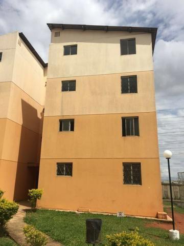 QN 108 apartamento desocupado e escriturado, 02 quartos (61) 98328-0000 ZAP