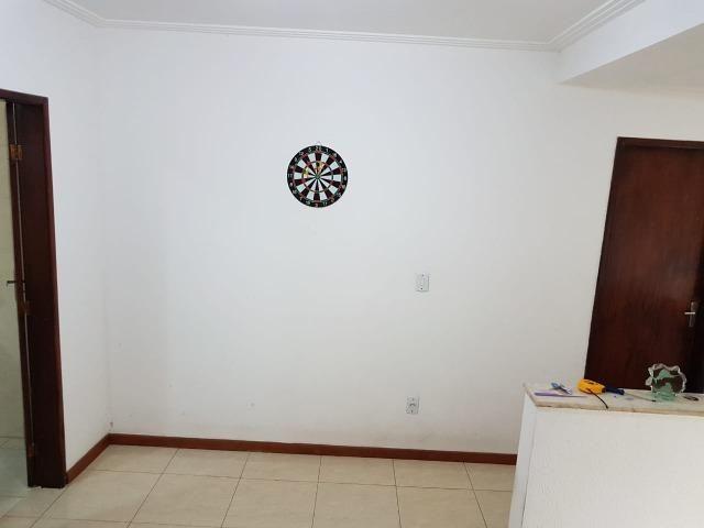 Itapuã Salvador Casa de 4/4 com 2 andares, rua sem saída - Foto 3