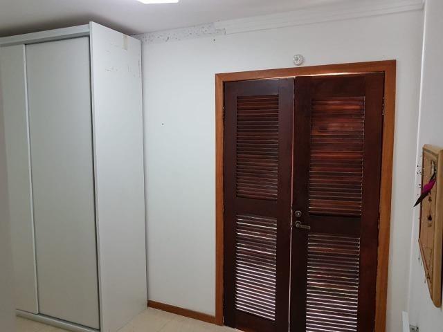Itapuã Salvador Casa de 4/4 com 2 andares, rua sem saída - Foto 18
