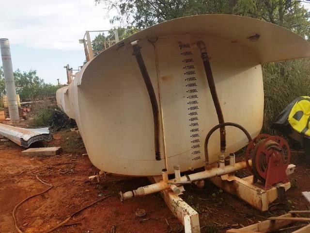 Tanque pipa, marca Impacto, capacidade 20.000 litros, com proteção de epóxi, ano 2014 - Foto 6