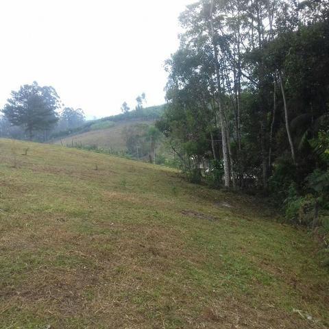 Linda área para Sítio, 10.000 m2 em ótima localização, pronto para construir - Foto 12