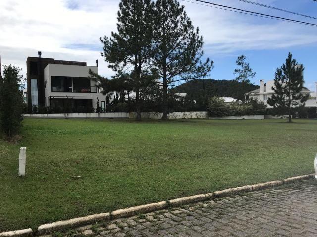 Lote - Condomínio Horizontal Praia Brava