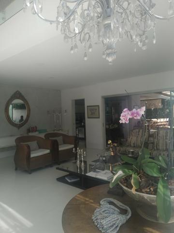 A.L.U.G.U.EL/V.EN.D.A Casa 4 suítes mobiliada e decorada no Alphaville Salvador I - Foto 2