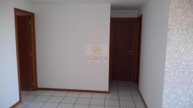 Apartamento para alugar com 3 dormitórios em Lagoa nova, Natal cod:LA-11237 - Foto 5