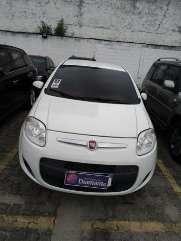 Fiat Palio Attractive Manual 2015 *1 ano de Garantia* Raion Mitsubishi 3504 5000