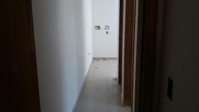 Apartamento 2 dormitório sendo 1 suíte bem localizado nós - Foto 6