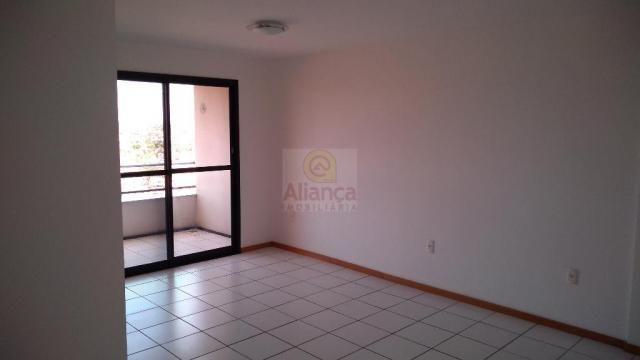 Apartamento para alugar com 3 dormitórios em Lagoa nova, Natal cod:LA-11237