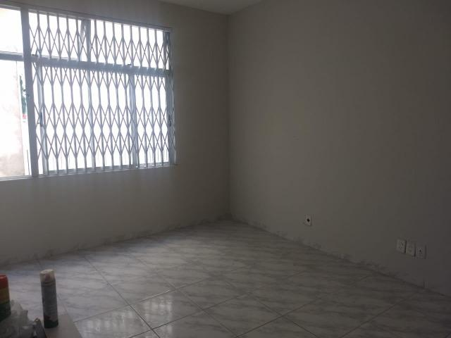 Dois quartos na Barra - Excelente localização - Foto 8