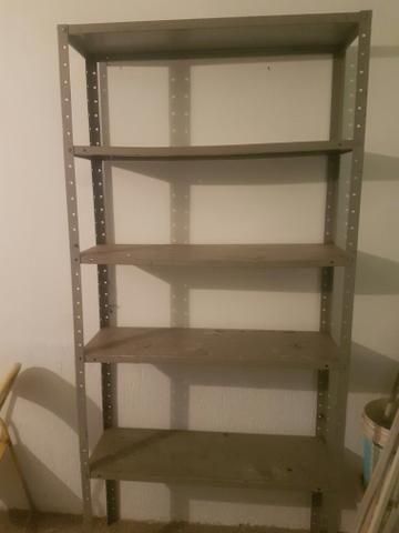 Vendo 4 estantes