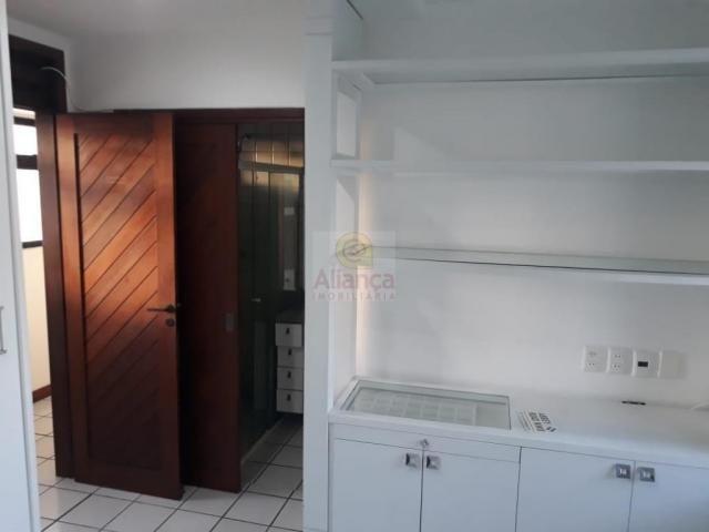 Apartamento para alugar com 3 dormitórios em Lagoa nova, Natal cod:LA-11235 - Foto 15