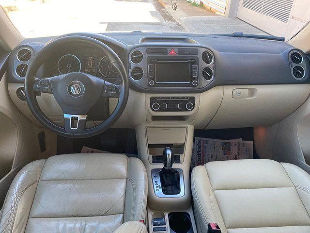 VW Tiguan 2.0 TSI 2011 top de linha com rodas 18, teto solar e interior caramelo - Foto 13