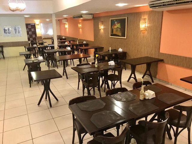 Restaurante na Ilha do Leite