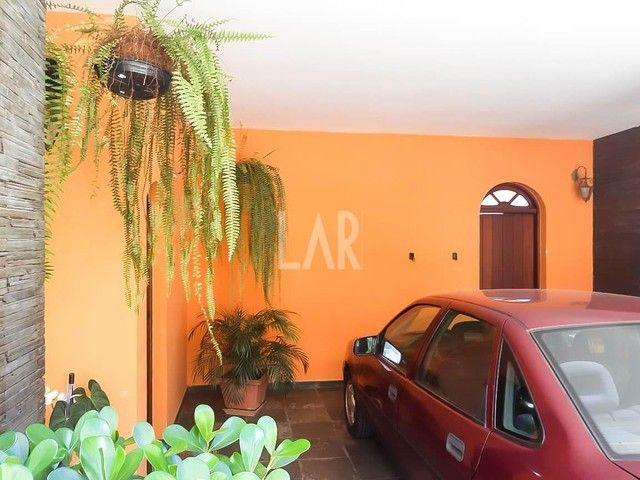 Casa com 04 quartos e excelente localização - Foto 16
