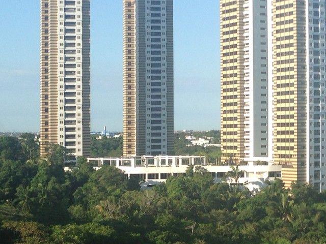 4 suites , 225 m2, varanda gourmet, dependencia completa, Patamares,  Greenville - Salvado - Foto 3