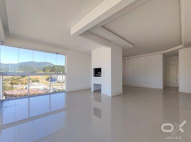 Le Tre Torri   Apartamento 03 suítes, 03 vagas, 130 m²   Imóvel à venda em Centro, Itapema