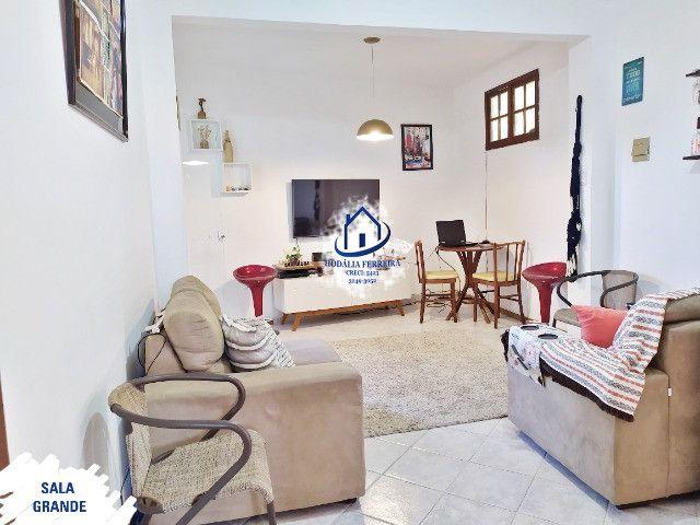 Apartamento 1º Andar, Nascente, 2 Quartos, Espaçoso, Local Tranquilo em Itapuã - HP001
