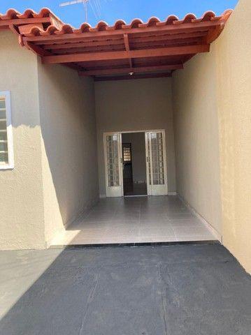 Casa de 130 metros quadrados no bairro Setor dos Bandeirantes com 3 quartos - Foto 5