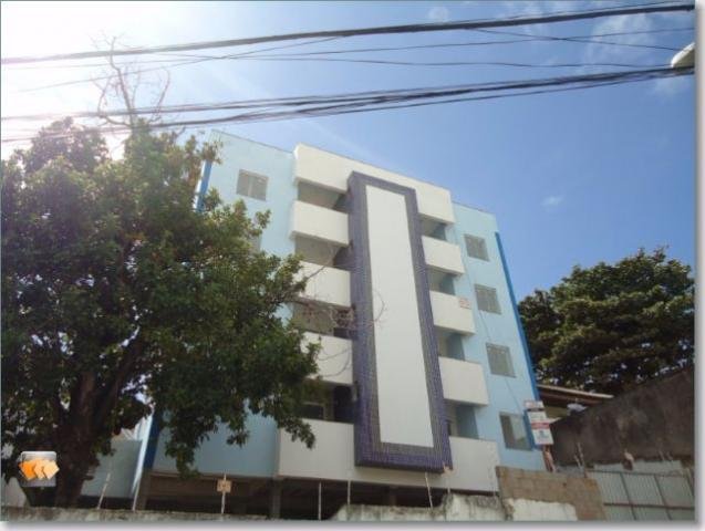 Apartamento 2/4 1 suíte 2 varandas 1 vaga elevador em Itapuã