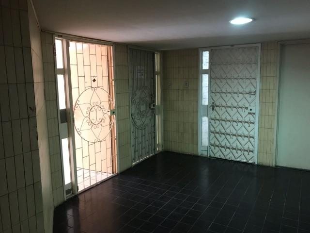 Aluga-se apartamento sala e quarto Boa Vista