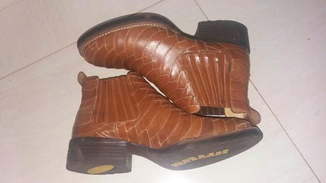 d6cb6339f1 Vendo bota escamada couro de tatu silverado - Roupas e calçados ...