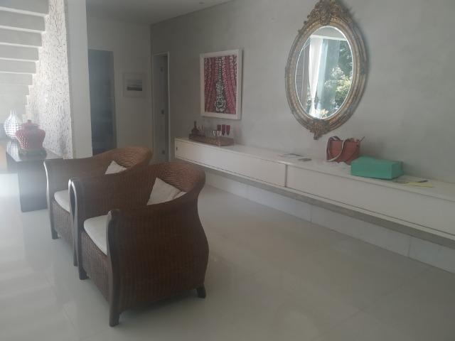A.L.U.G.U.EL/V.EN.D.A Casa 4 suítes mobiliada e decorada no Alphaville Salvador I - Foto 6