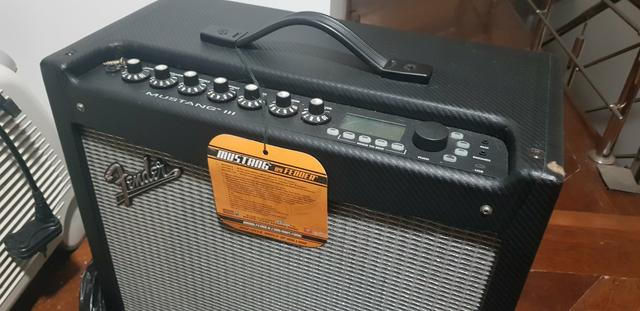 Amplificador Fender Mustang 3 - Foto 2