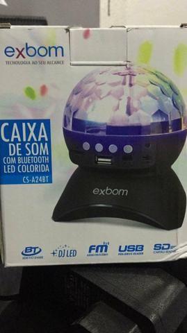 Caixa de som com bluetooth usb rádio com led colorida
