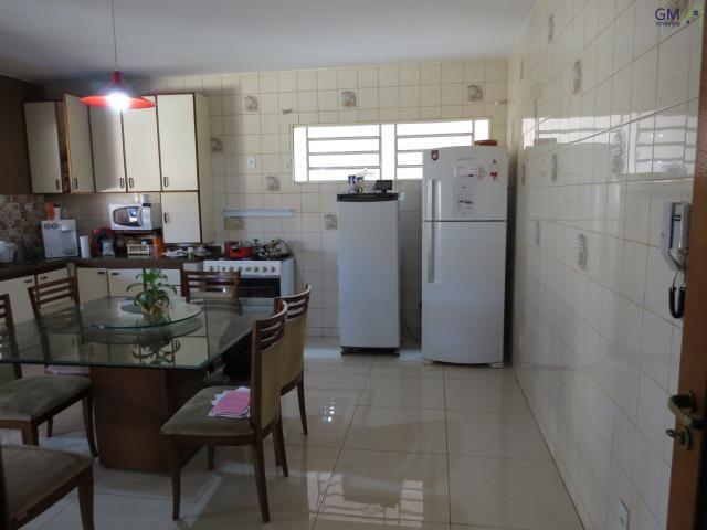 Vendo casa no setor de mansões, 3 quartos / suíte / piscina / churrasqueira / próximo a ca - Foto 8