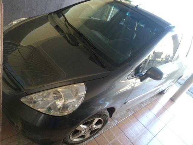 Vendo Honda fit Automático - Foto 2