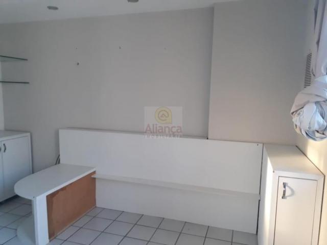 Apartamento para alugar com 3 dormitórios em Lagoa nova, Natal cod:LA-11235 - Foto 12