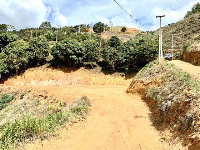 Linda chácara em Santa Teresa frente vale do Caravagio - Foto 2